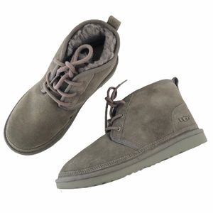 UGG Men's Gray Neumal suede casual boots size 5